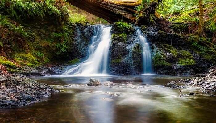 Thangshi Waterfalls
