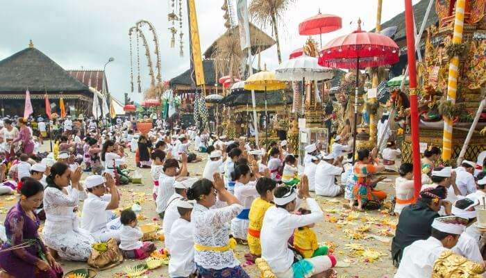 festival that is celebrated every 210 days