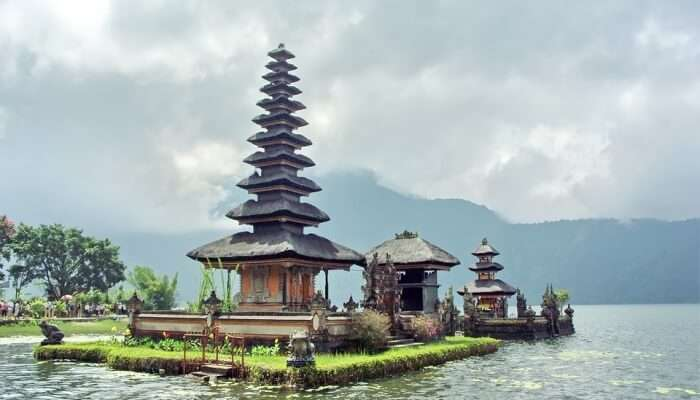 best weather in indonesia