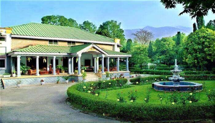 WelcomHeritage Taragarh Palace