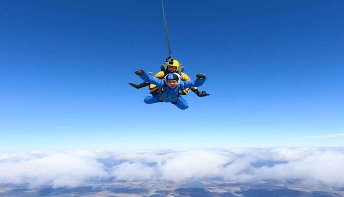 Where To Go For Skydiving In Tasmania?