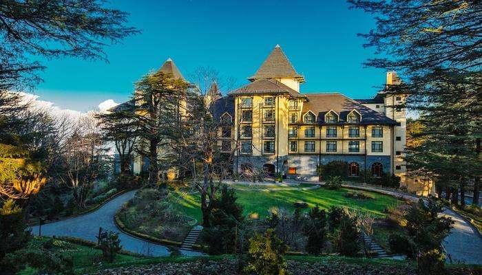 a beautiful resort near Barog