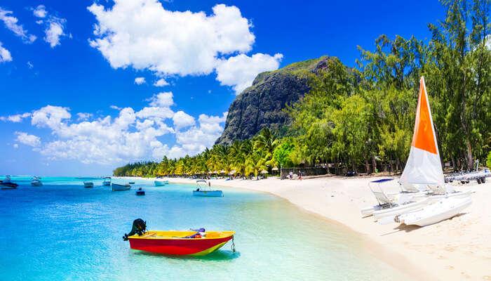 Best beach hopping in mauritius