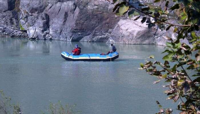 enjoy safari float at corobici river