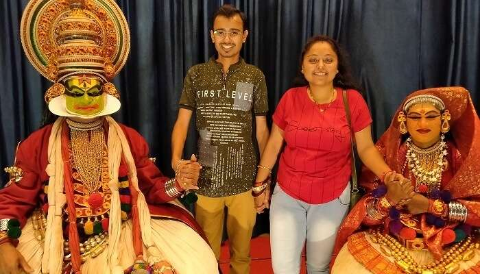a pic with Kerala folk dancers