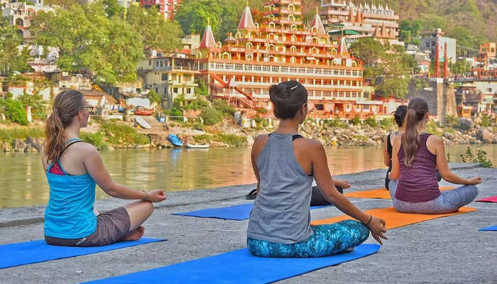 yoga at riverside