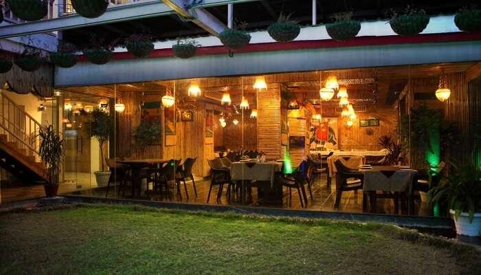 dainty restaurant