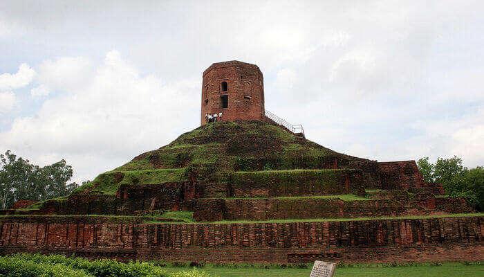 Visit Chaukhandi Stupa