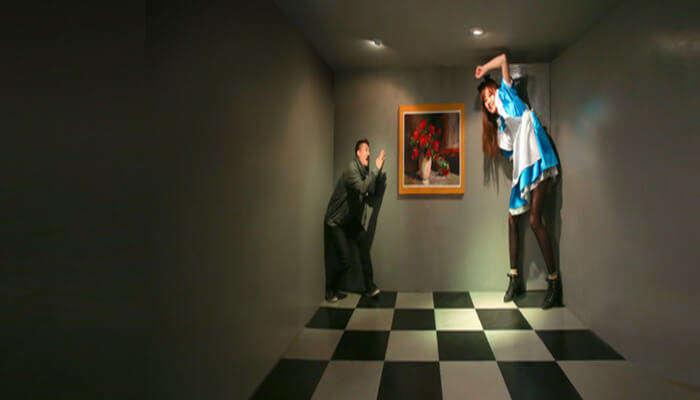 Visit Seoul Alive Illusion Museum