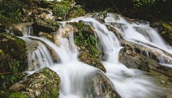 Elaneeru Falls