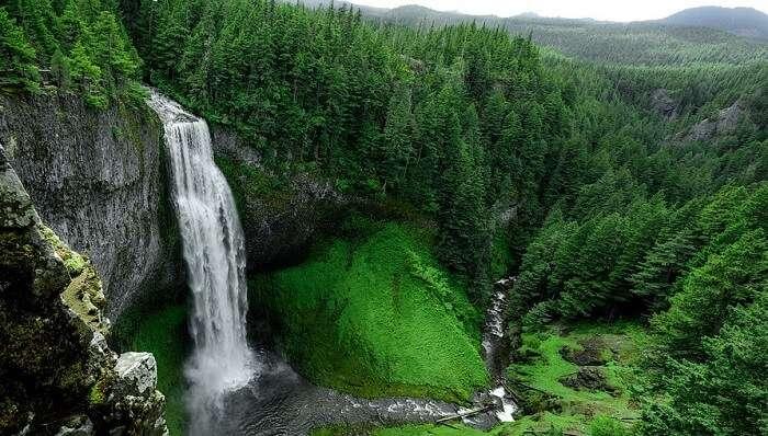Hatyari Khoh Waterfall