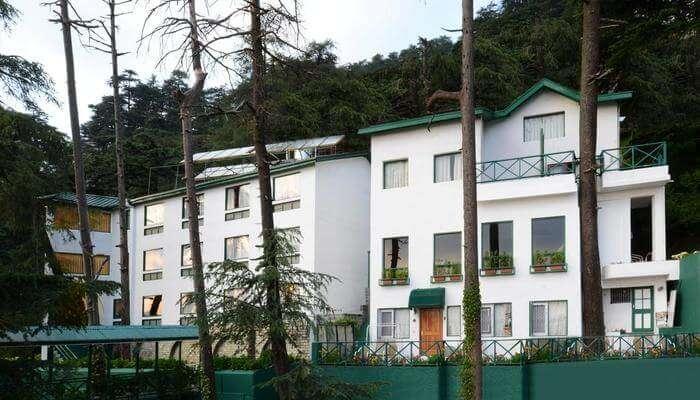 one of the beautiful hotels near Kasauli