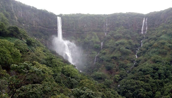 Things to do at Vajrai Waterfall