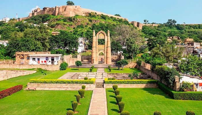 Badal Mahal in Chanderi