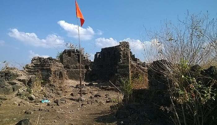 flag in the fort