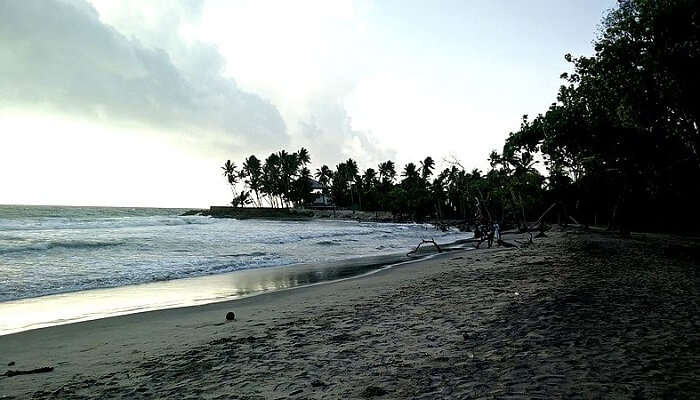 Vadanappally Beach